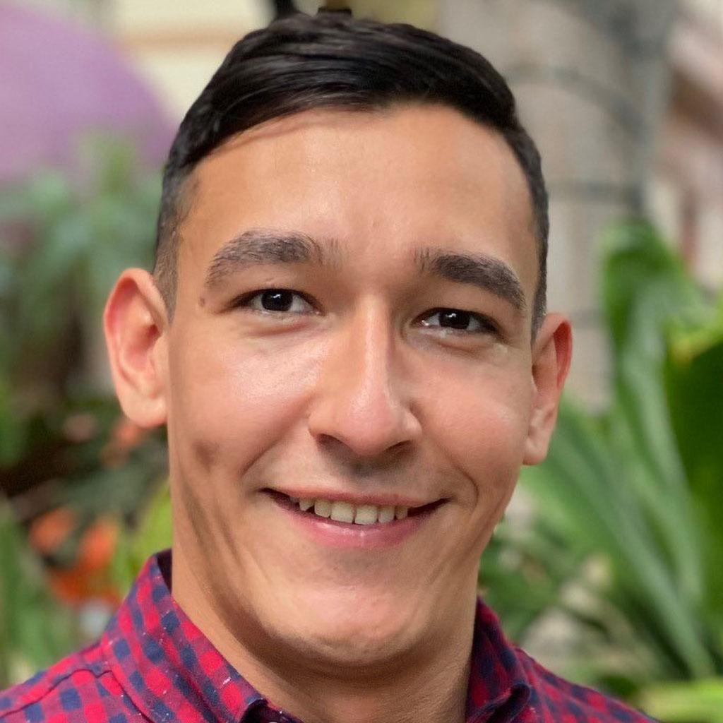 Enrique Chavez thumbnail